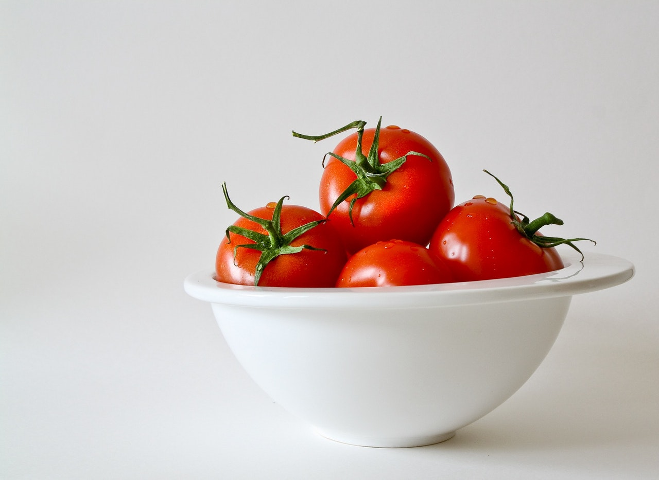 Diet Rich in Tomatoes May Lower Skin Cancer Risk